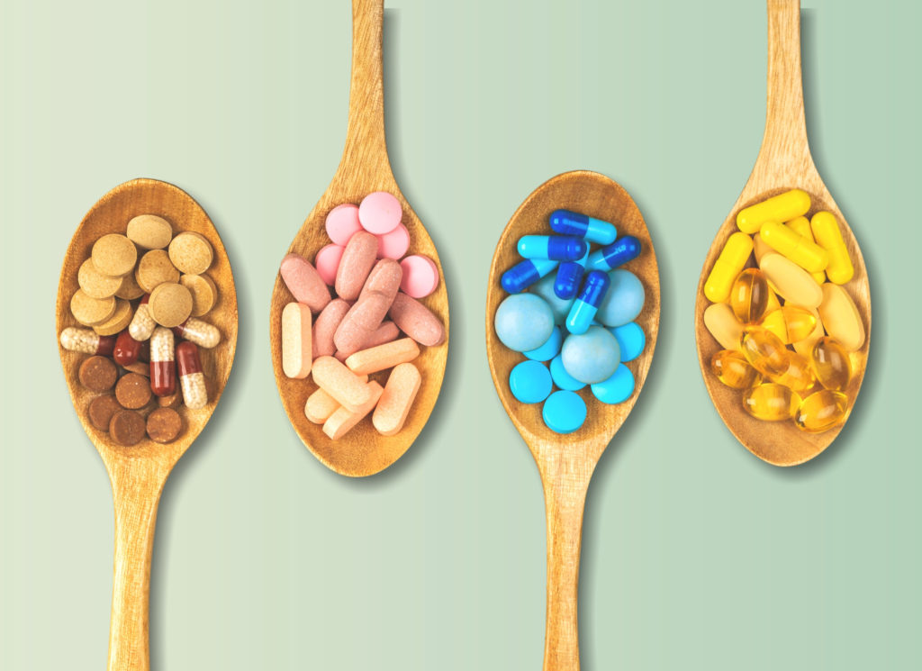 Nutritional supplements in wooden spoons